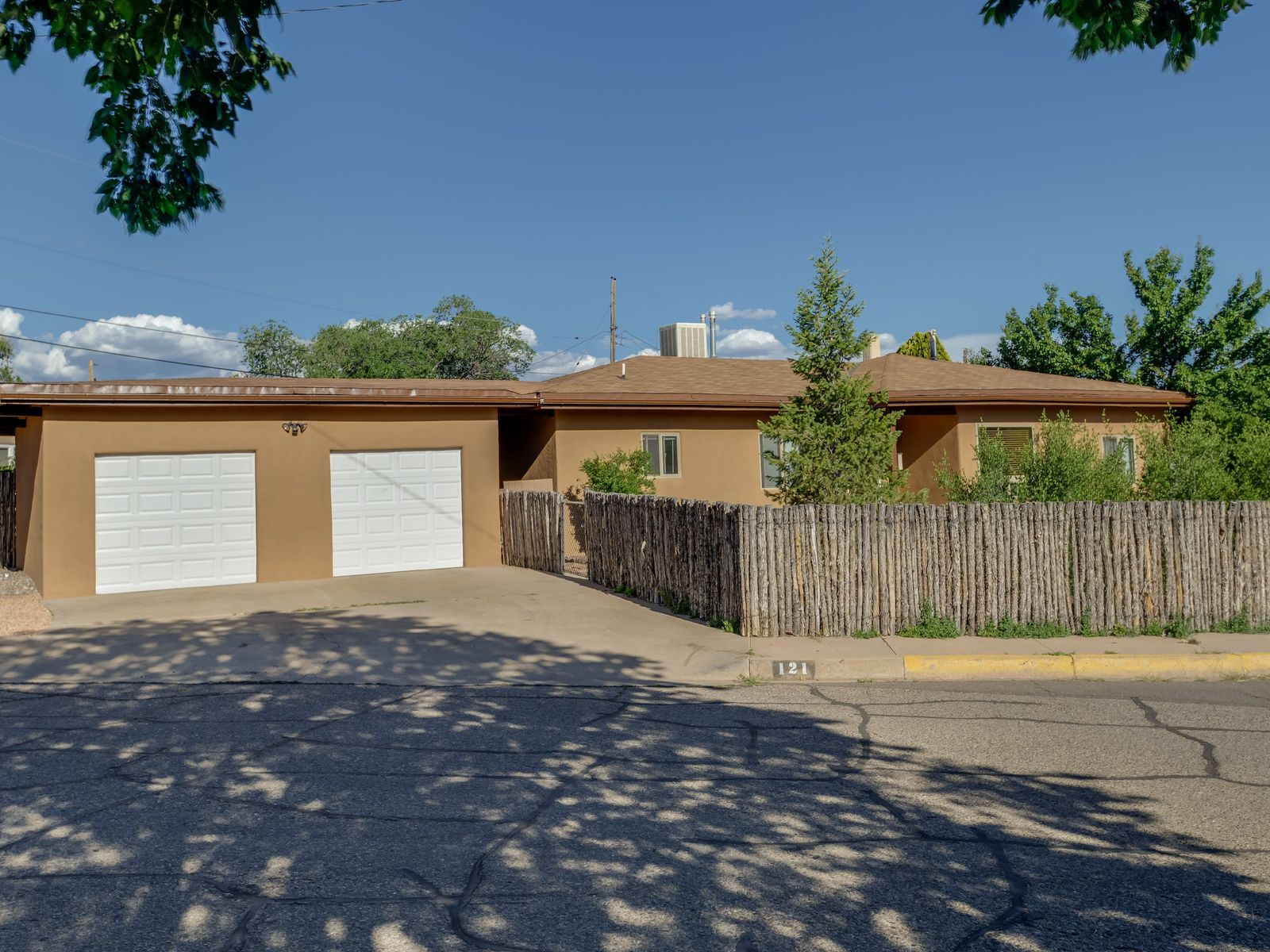 121 Sicomoro Street, Santa Fe NM Single Family Home - Santa Fe Real Estate