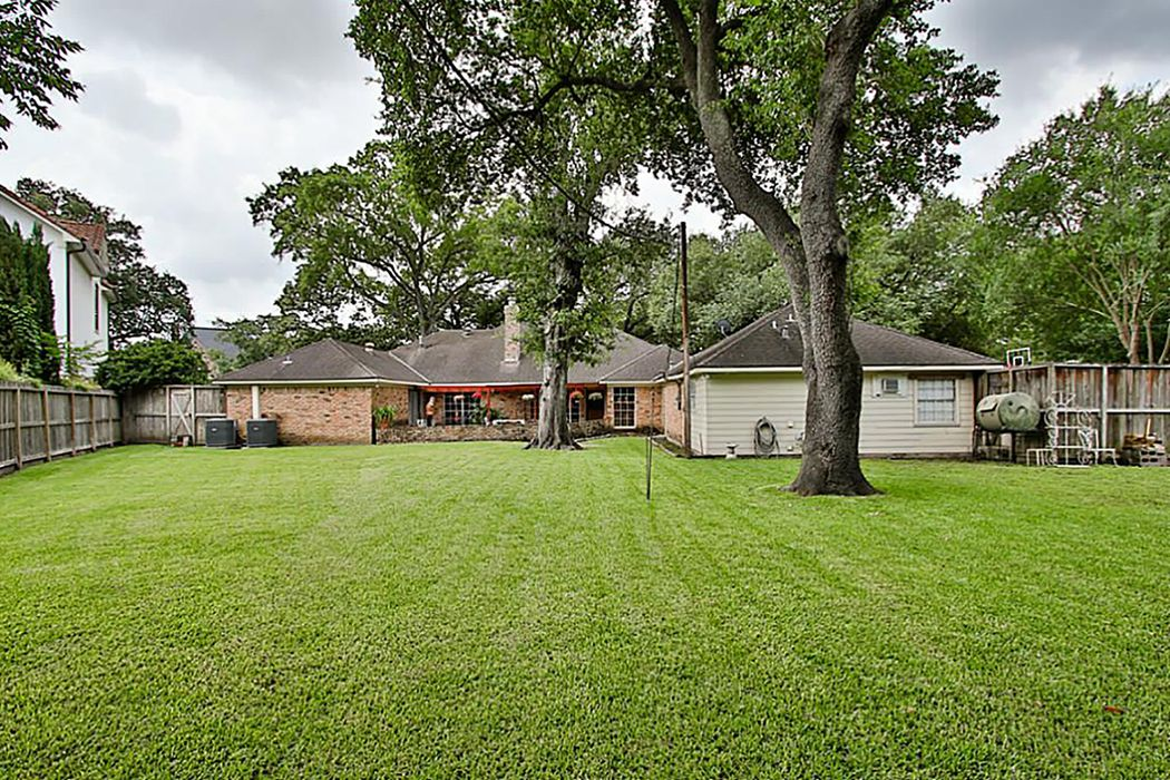 7546 Inwood Drive Houston, TX 77063