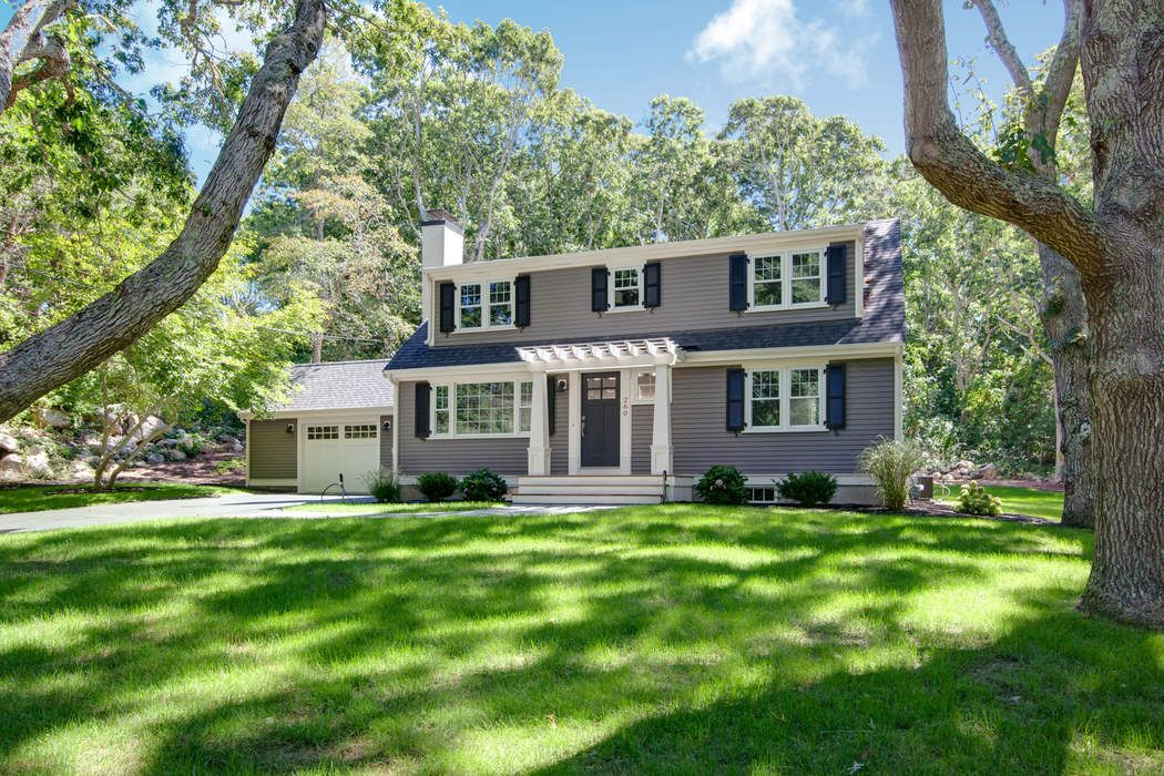 Exquisitely Renovated Classic Cape