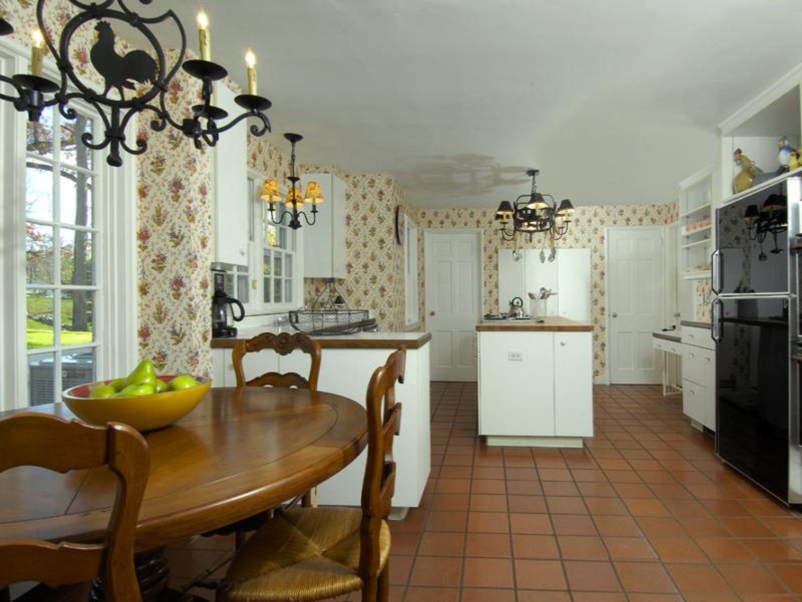 Kitchen with Sunny Breakfast Corner