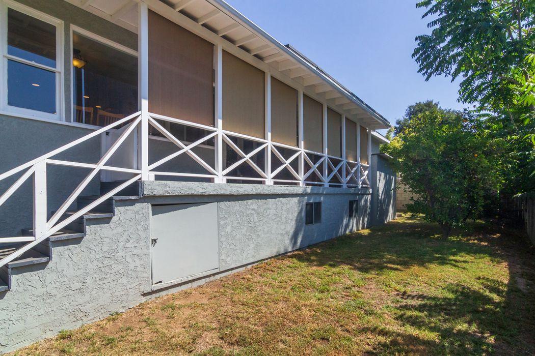 3239 Marengo Avenue Altadena, CA 91001