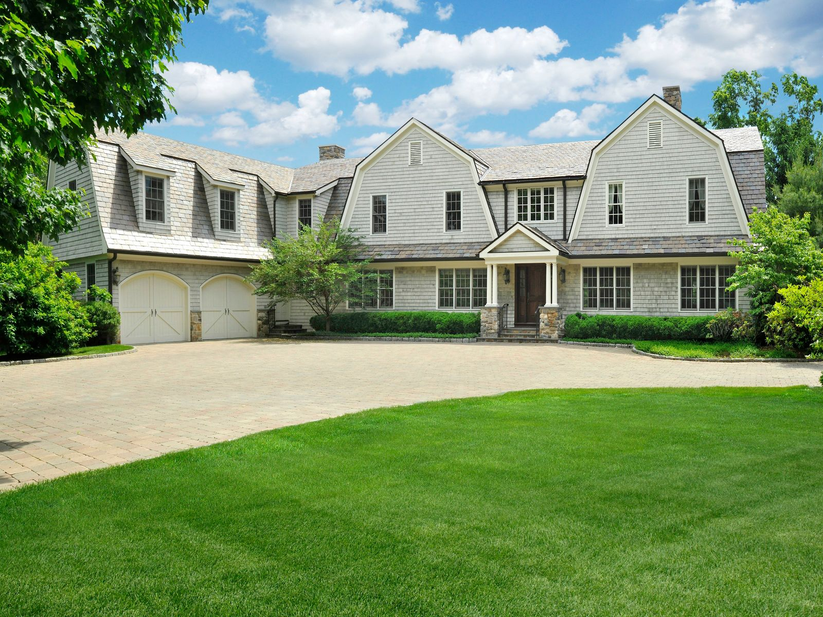 Gated Community, Greenwich CT Single Family Home - Greenwich Real Estate
