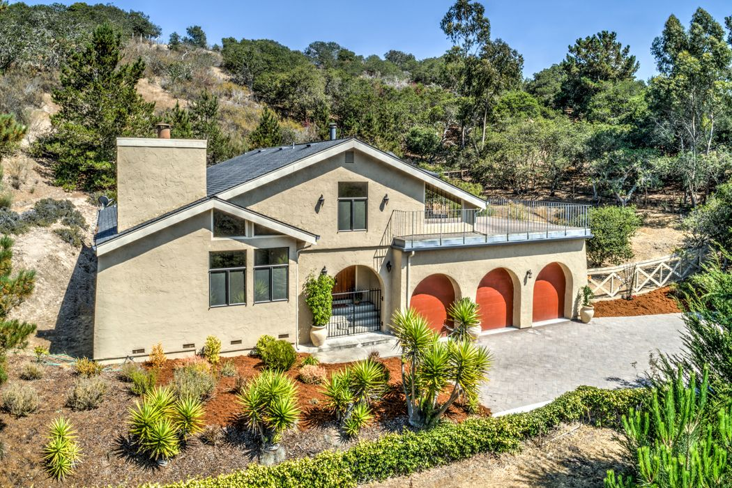 Updated Mediterranean Charmer on 2 Acres