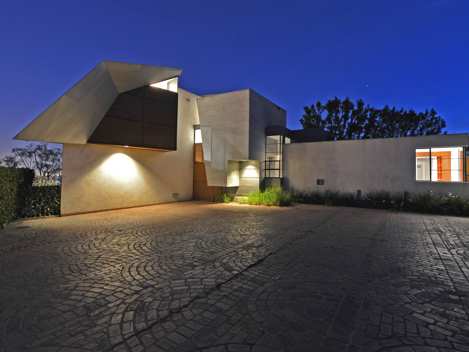 Architectural Promontory Compound, Los Angeles CA Single Family Home - Los Angeles Real Estate