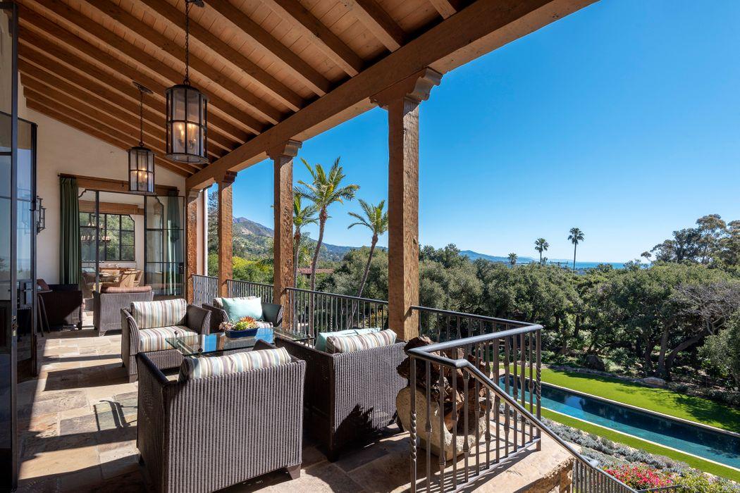 1333 E Mountain Dr Montecito, CA 93108