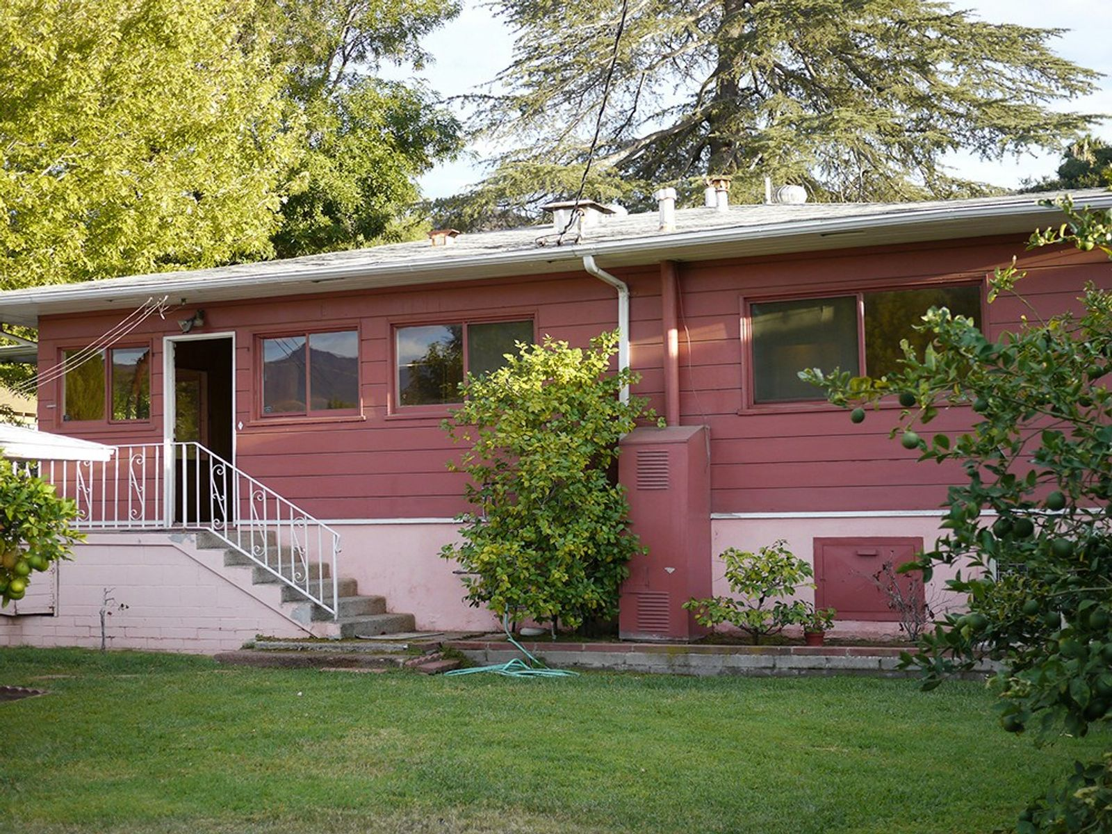 Mid-Century Ranch Fixer with Views, Sunland CA Single Family Home - Los Angeles Real Estate