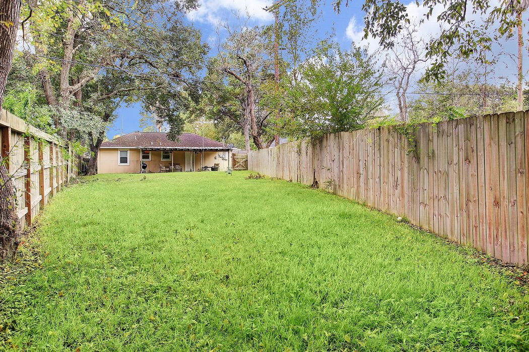 4814 Blanton Boulevard Houston, TX 77092