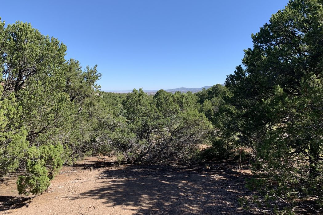 2954 Broken Sherd Trail Santa Fe, NM 87506