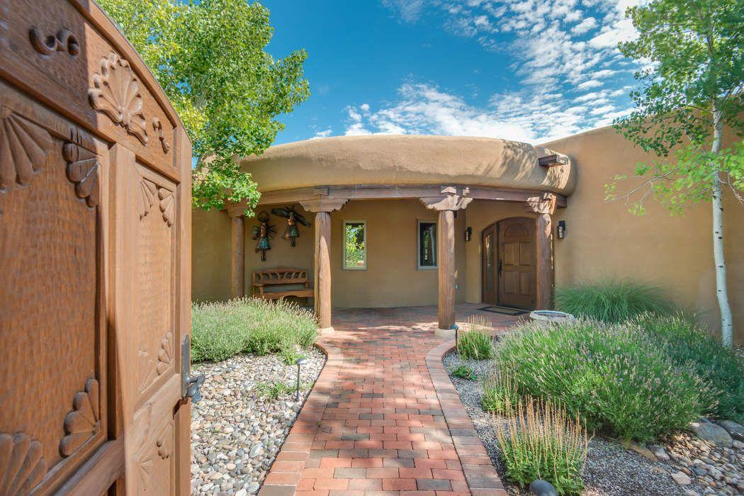 9 Sand Sage East Santa Fe, NM 87506