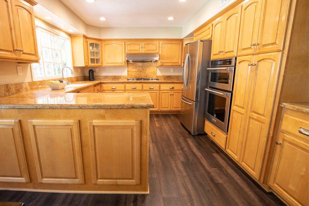 29445 Fountainwood Street Agoura Hills, CA 91301