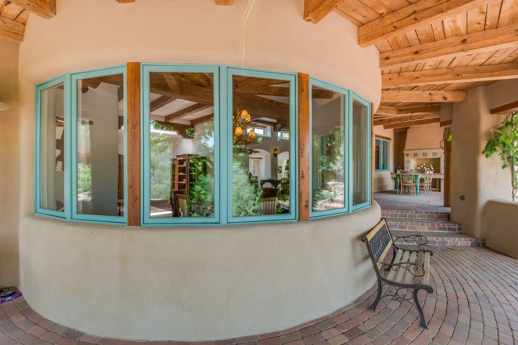 1115 Calle Conejo Santa Fe, NM 87501