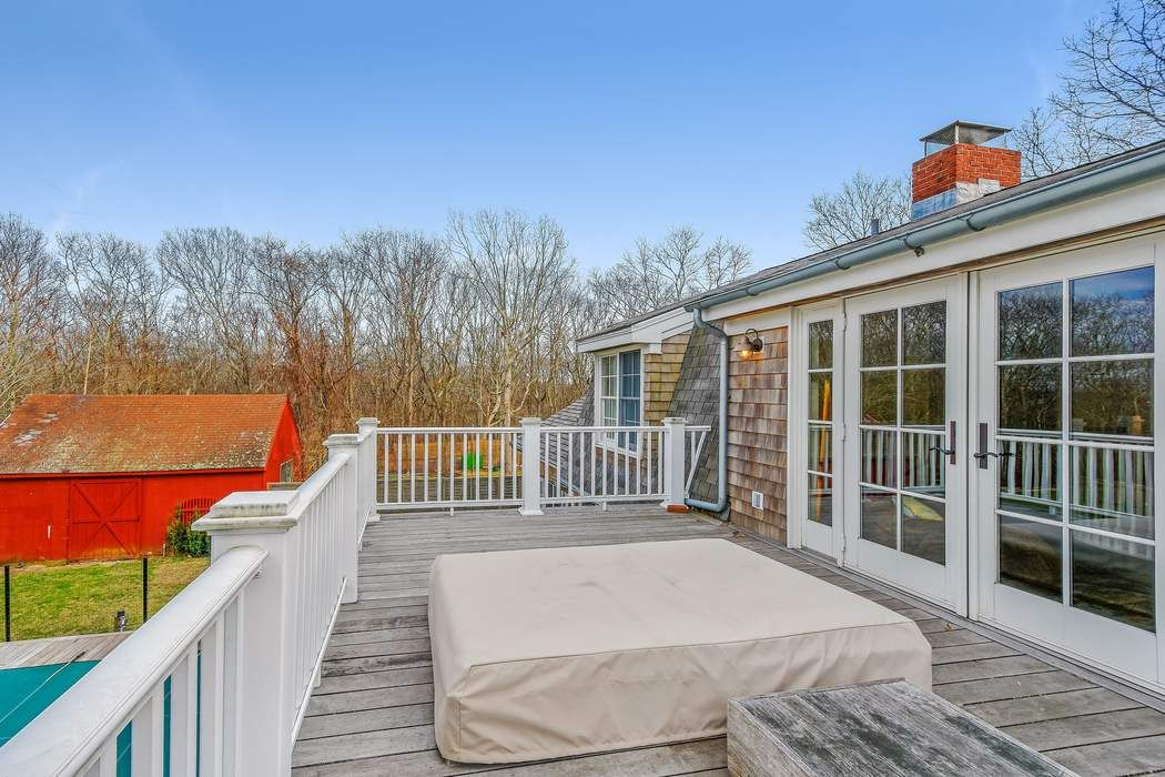 Town Line Farm House Wainscott, NY 11975