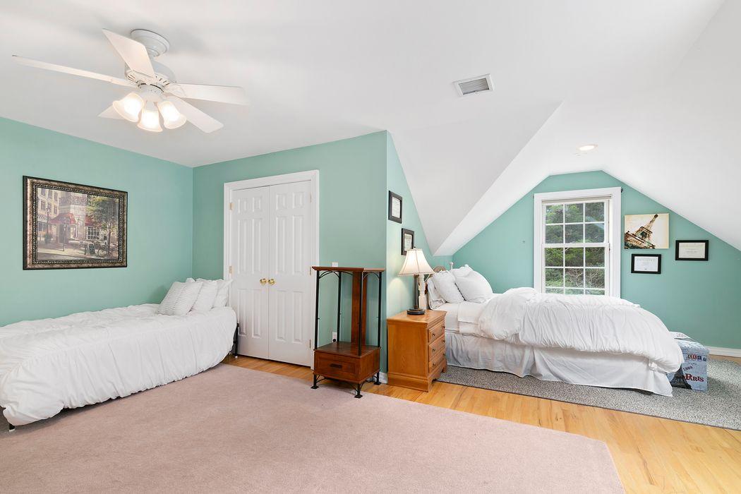 Clearwater Traditonal East Hampton, NY 11937