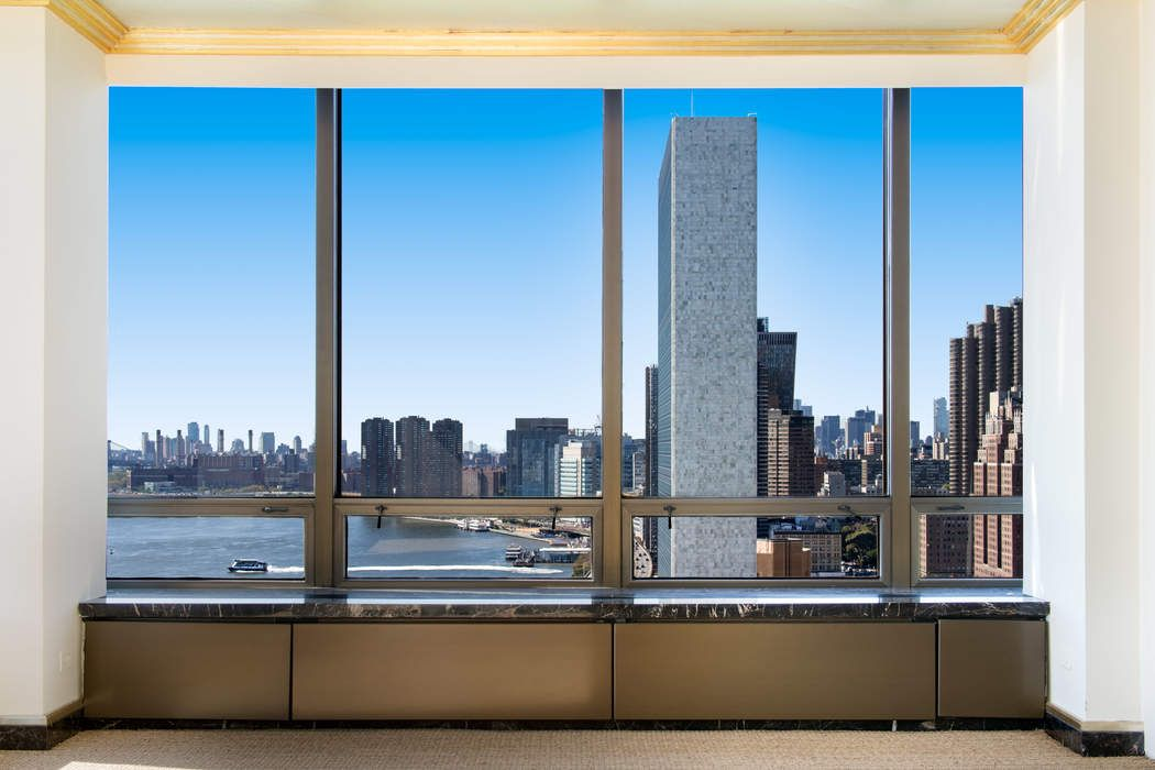 870 United Nations Plaza, Apt 24DE