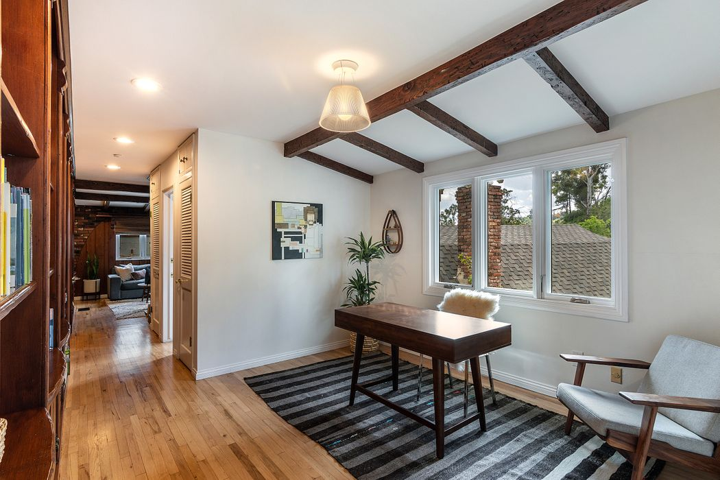 3308 Troy Drive Los Angeles, CA 90068