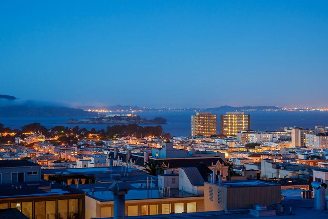 2020 Jackson St San Francisco, CA 94109