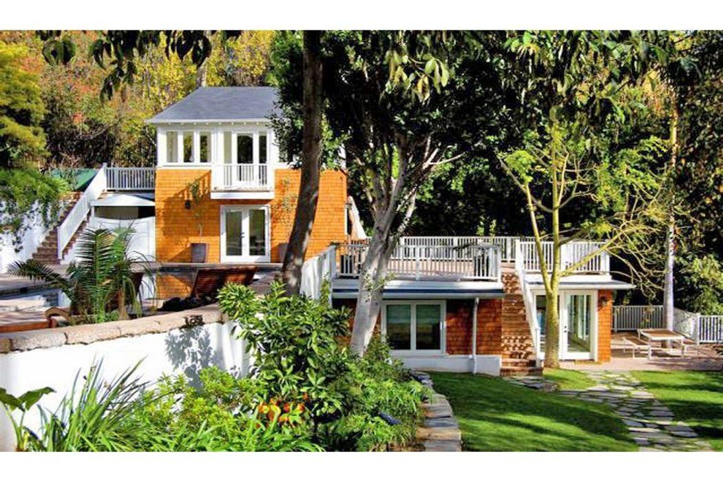 1476 North Kings Road Los Angeles, CA 90069