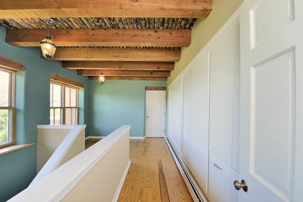 1036 Mansion Ridge Santa Fe, NM 87501