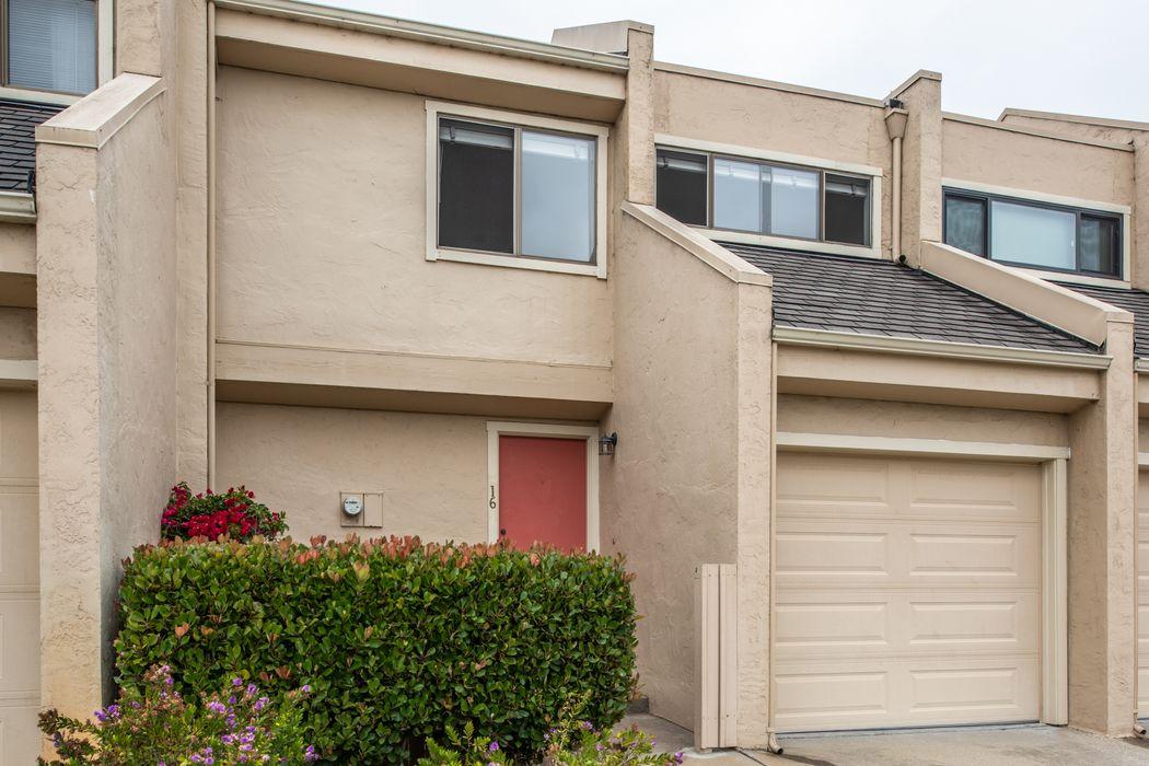 Conveniently Located Carmel Townhouse Carmel, CA 93923