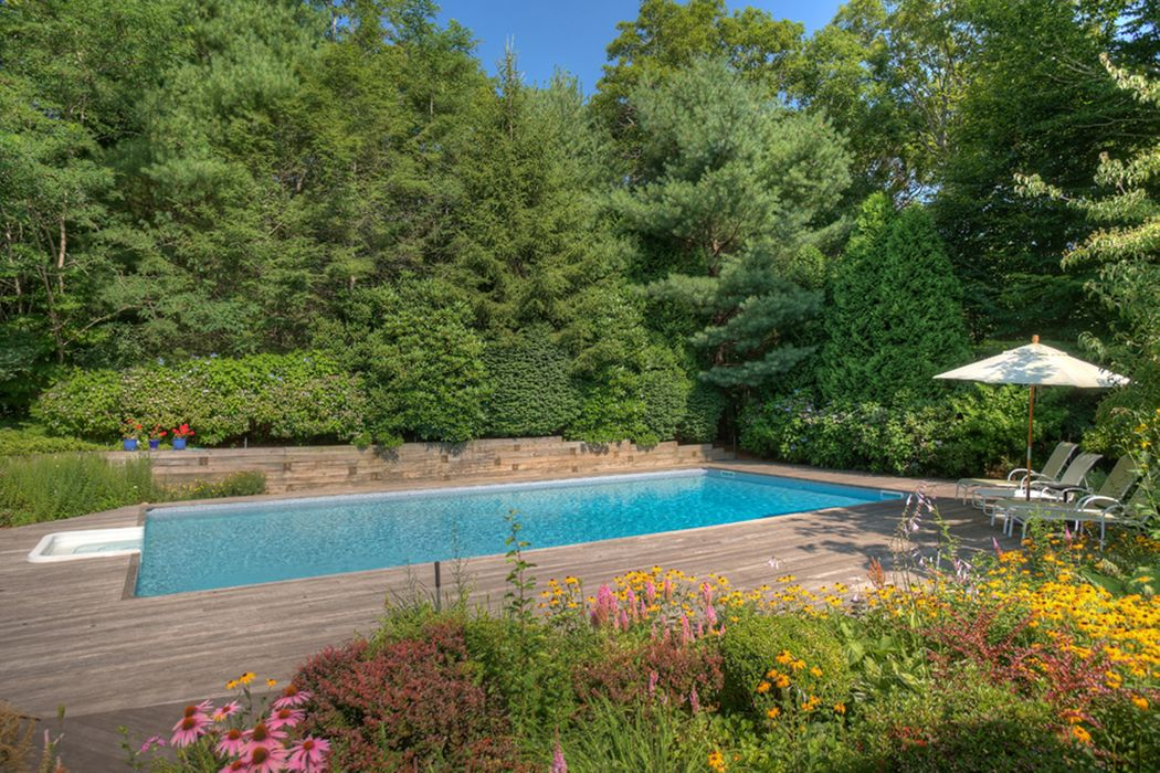 123 Wilderness Trl Water Mill, NY 11976