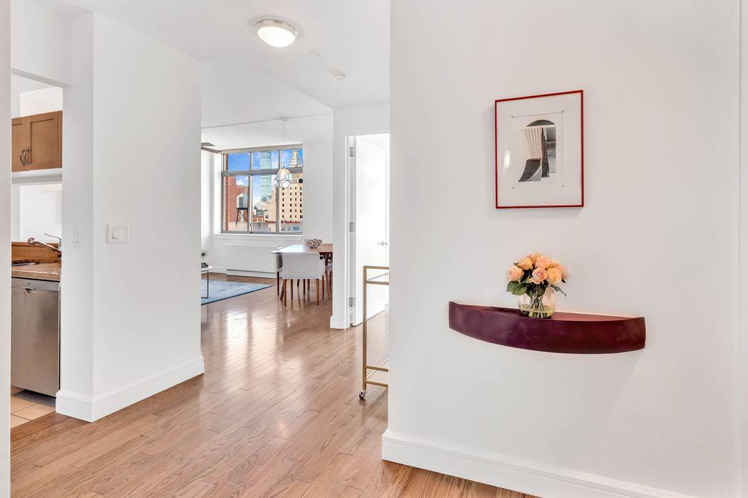 250 East 30th Street New York, NY 10016