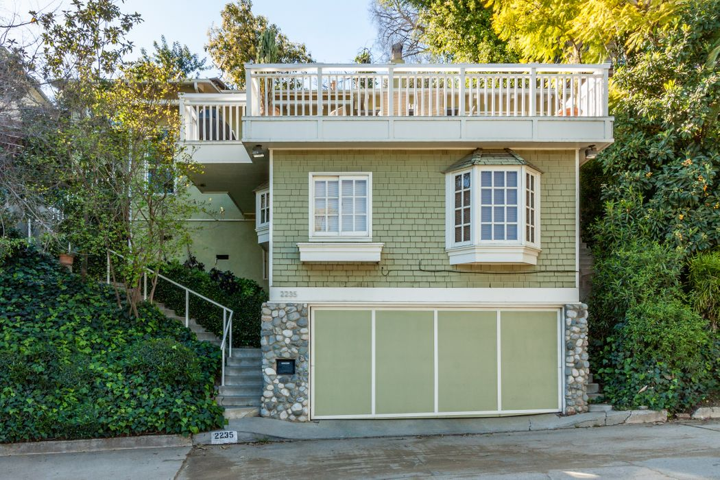 2235 San Marco Drive Los Angeles Ca 90068 Sotheby S