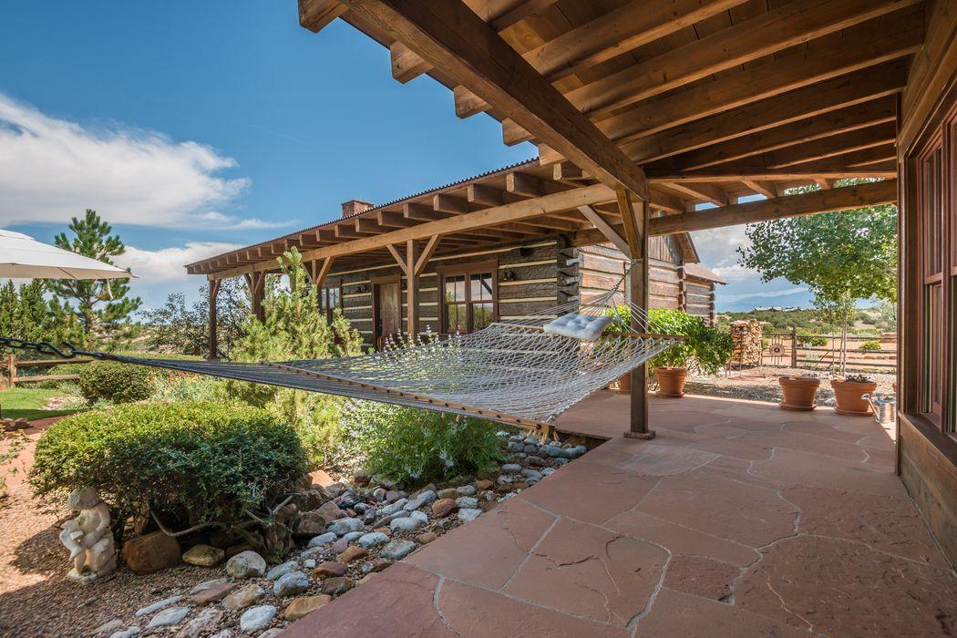 12 Via Estancia Santa Fe, NM 87506