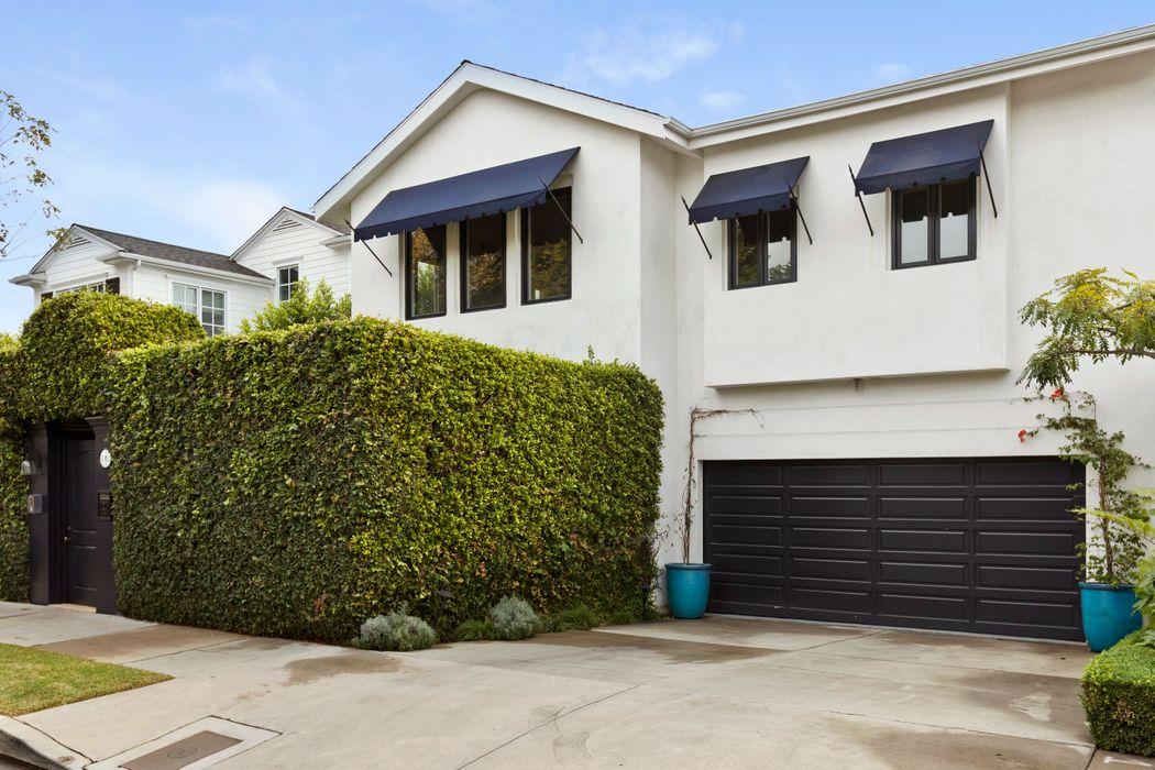 11362 Chenault Street Los Angeles, CA 90049