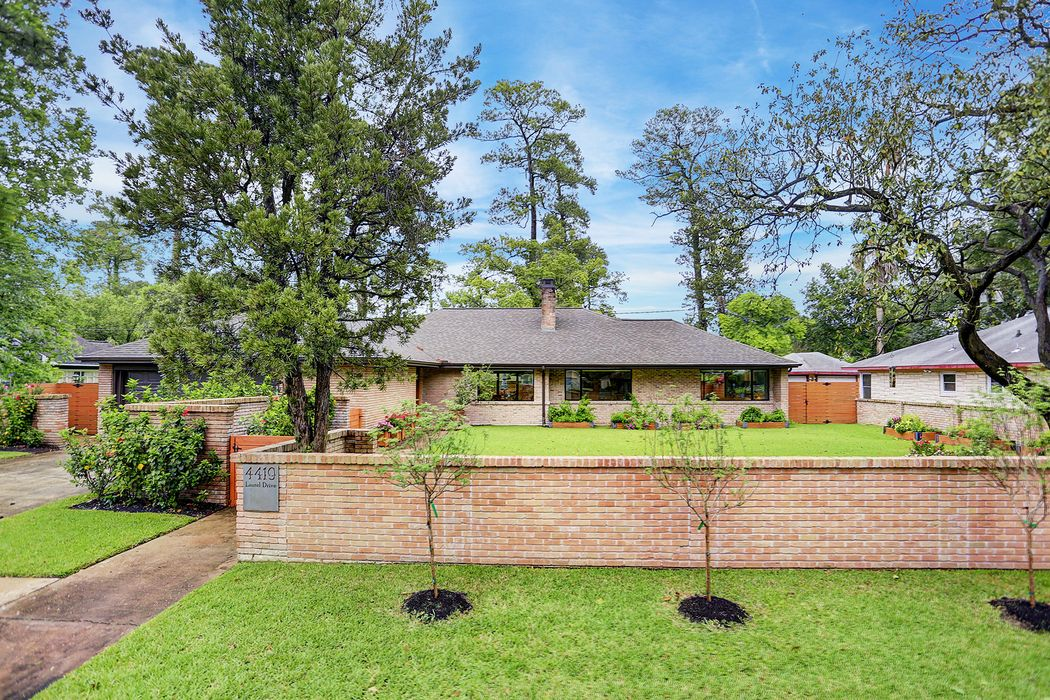 4419 Laurel Drive Houston, TX 77021