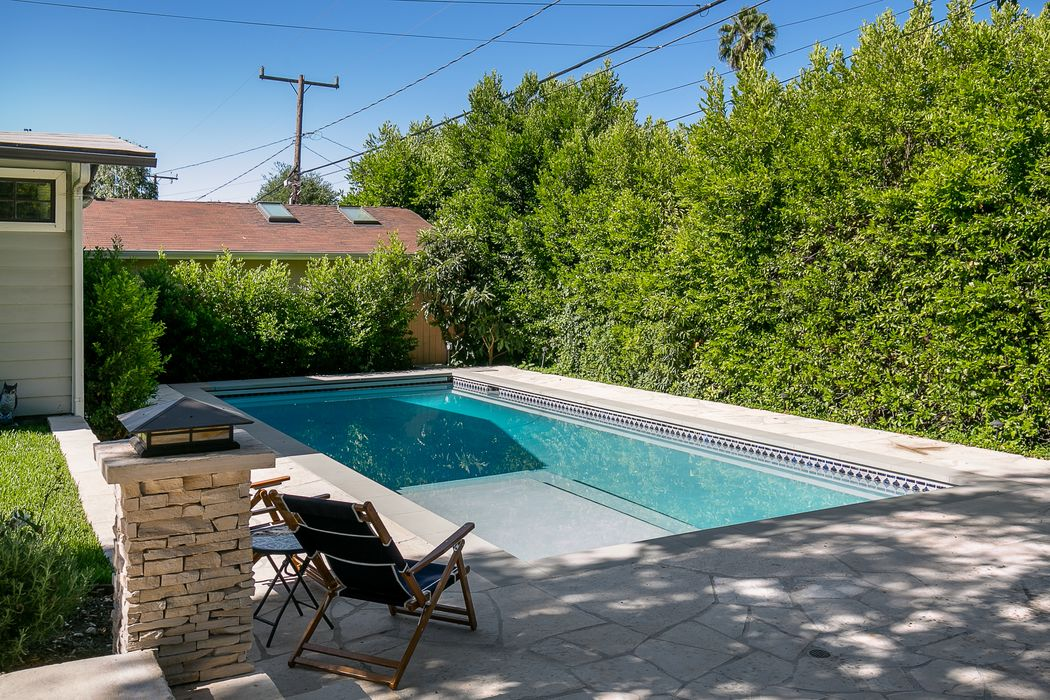 2173 Mar Vista Avenue Altadena, CA 91001
