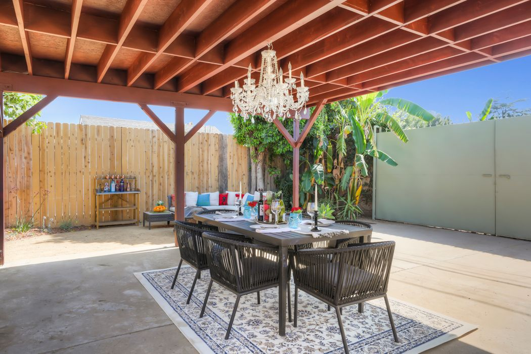 3041 5th Avenue Los Angeles Ca 90018 Sotheby S