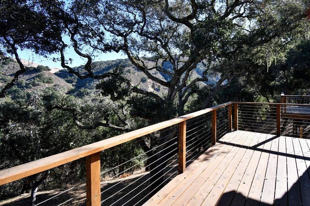 12 Rancho El Robledo Carmel Valley, CA 93924