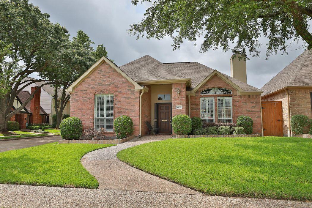 9957 Kemp Forest Drive Houston, TX 77080