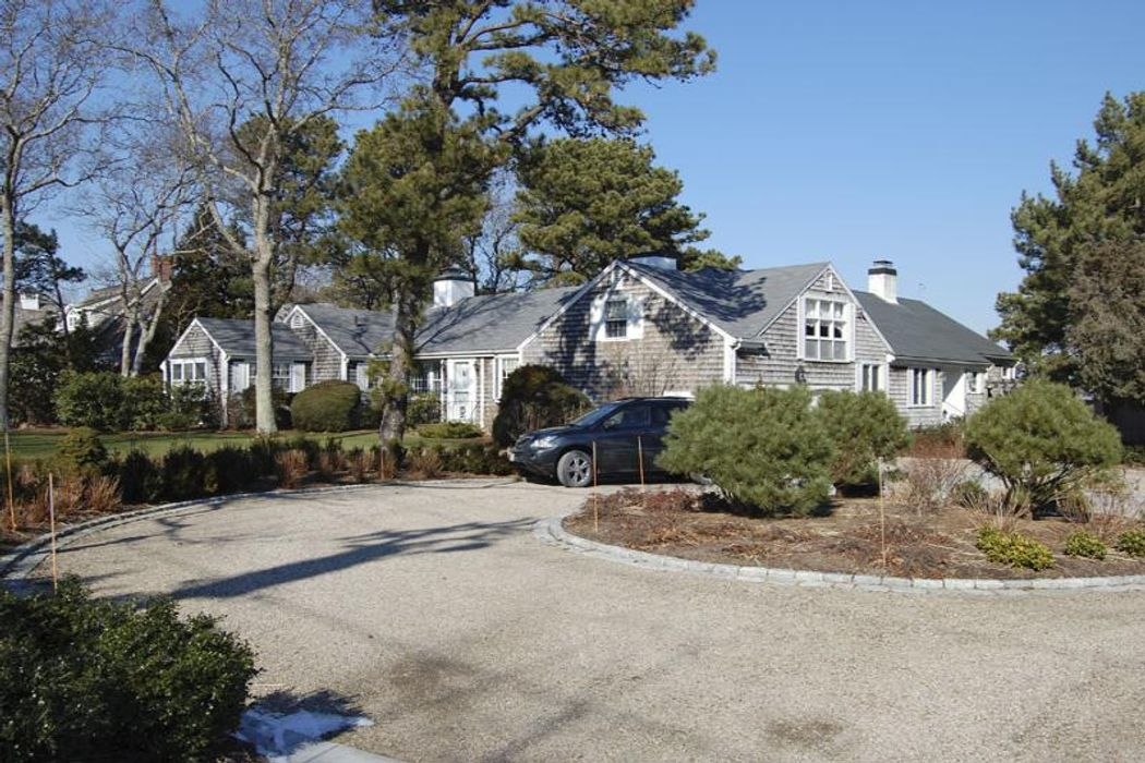 312 Bridge St Osterville, MA 02655