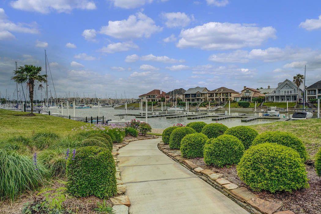 702 Harborside Way League City, TX 77565