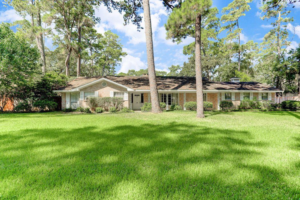 307 Chapel Belle Lane Houston, TX 77024