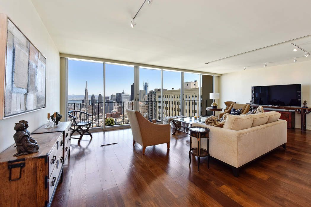 Nob Hill Co-Op with Dramatic Views