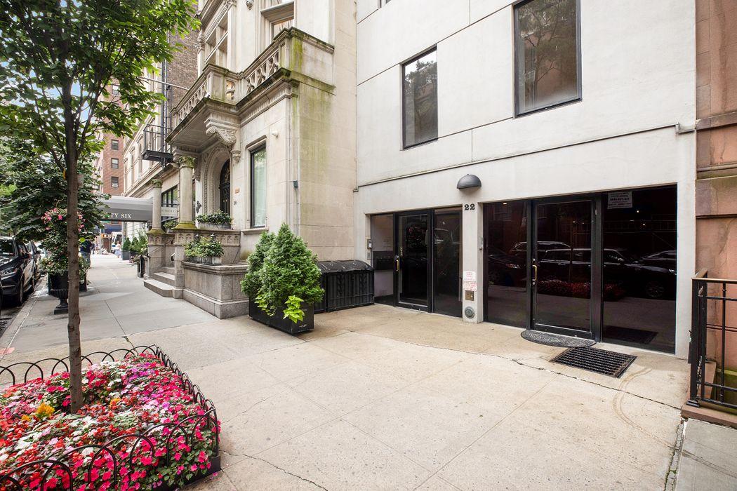 22 East 81st Street New York, NY 10028