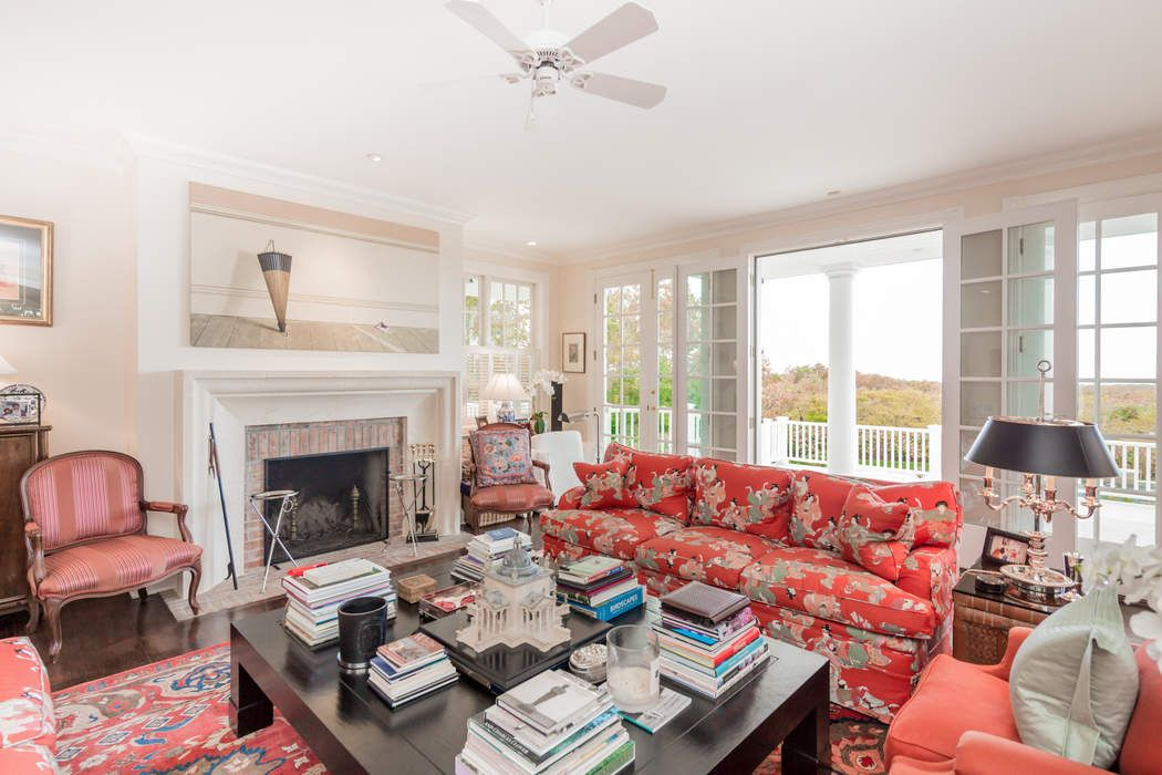 TRADITIONAL WITH FOREVER WATER VIEWS Sag Harbor, NY 11963