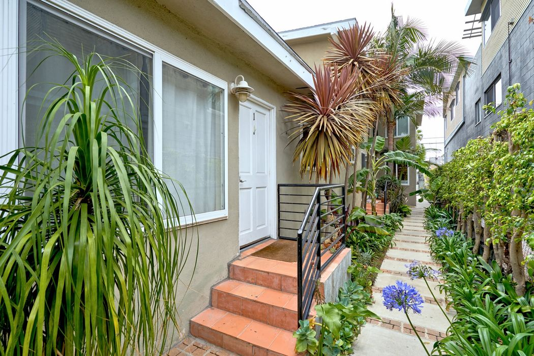 538 Brooks Avenue Venice, CA 90291