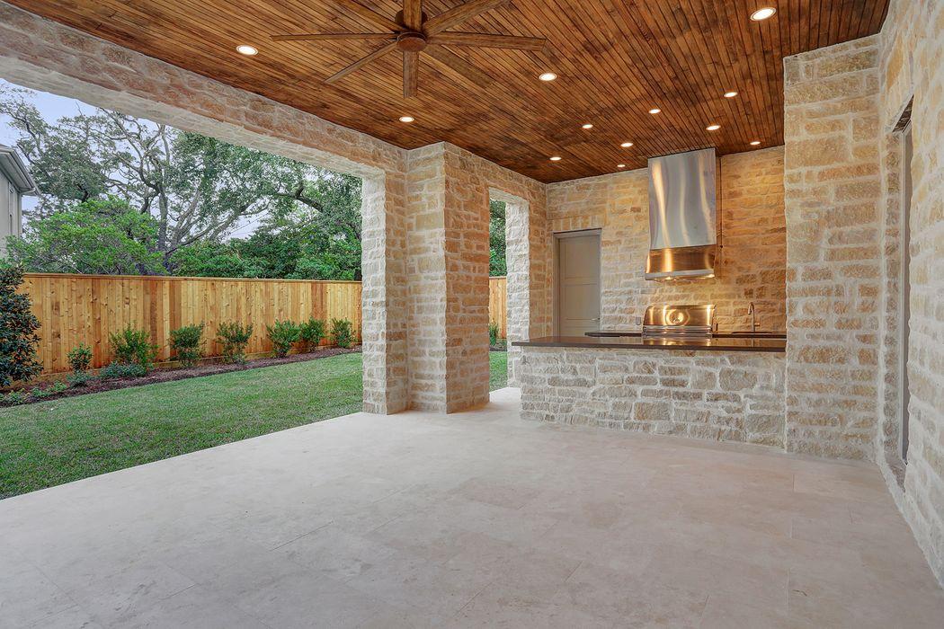 5325 Lynbrook Drive Houston, TX 77056