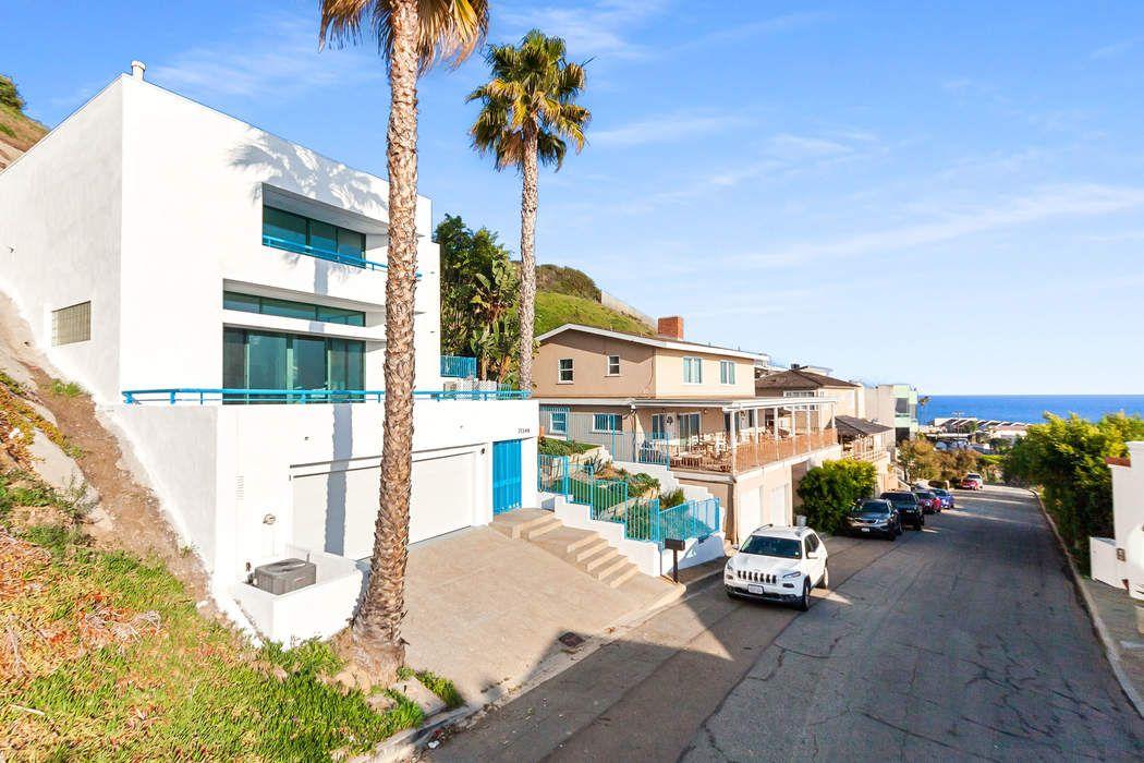 21349 Rambla Vista Malibu, CA 90265