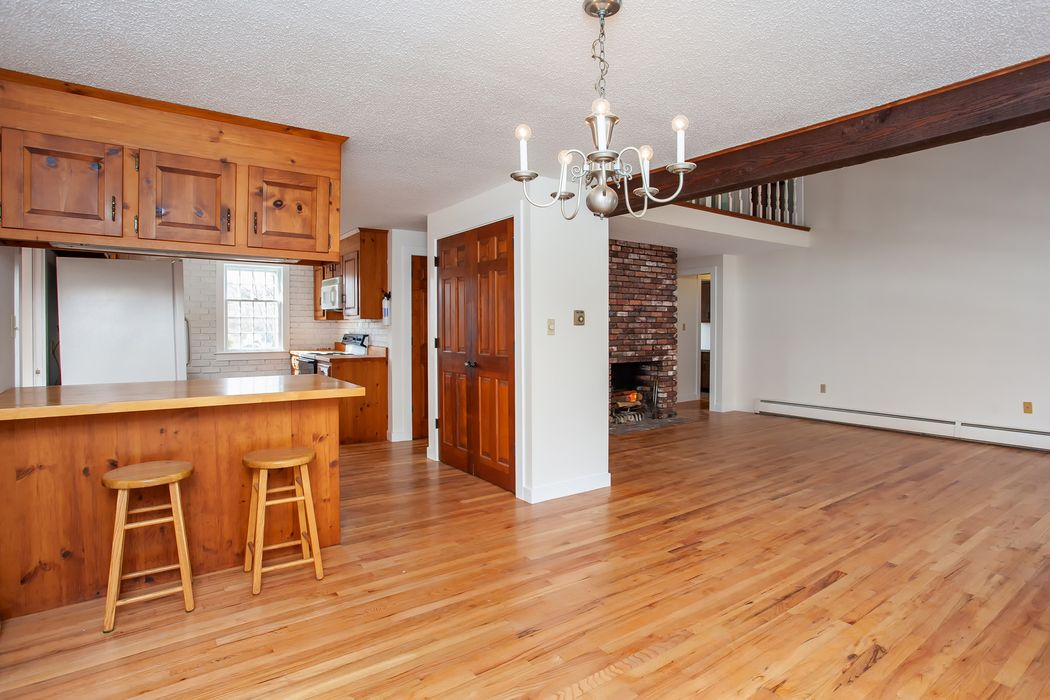 36 Old Colony Place Falmouth, MA 02540