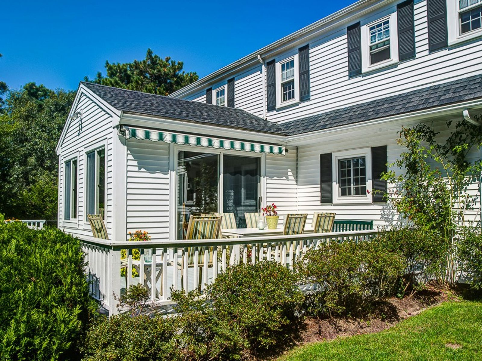 Spacious and Attractive Renovated Cape