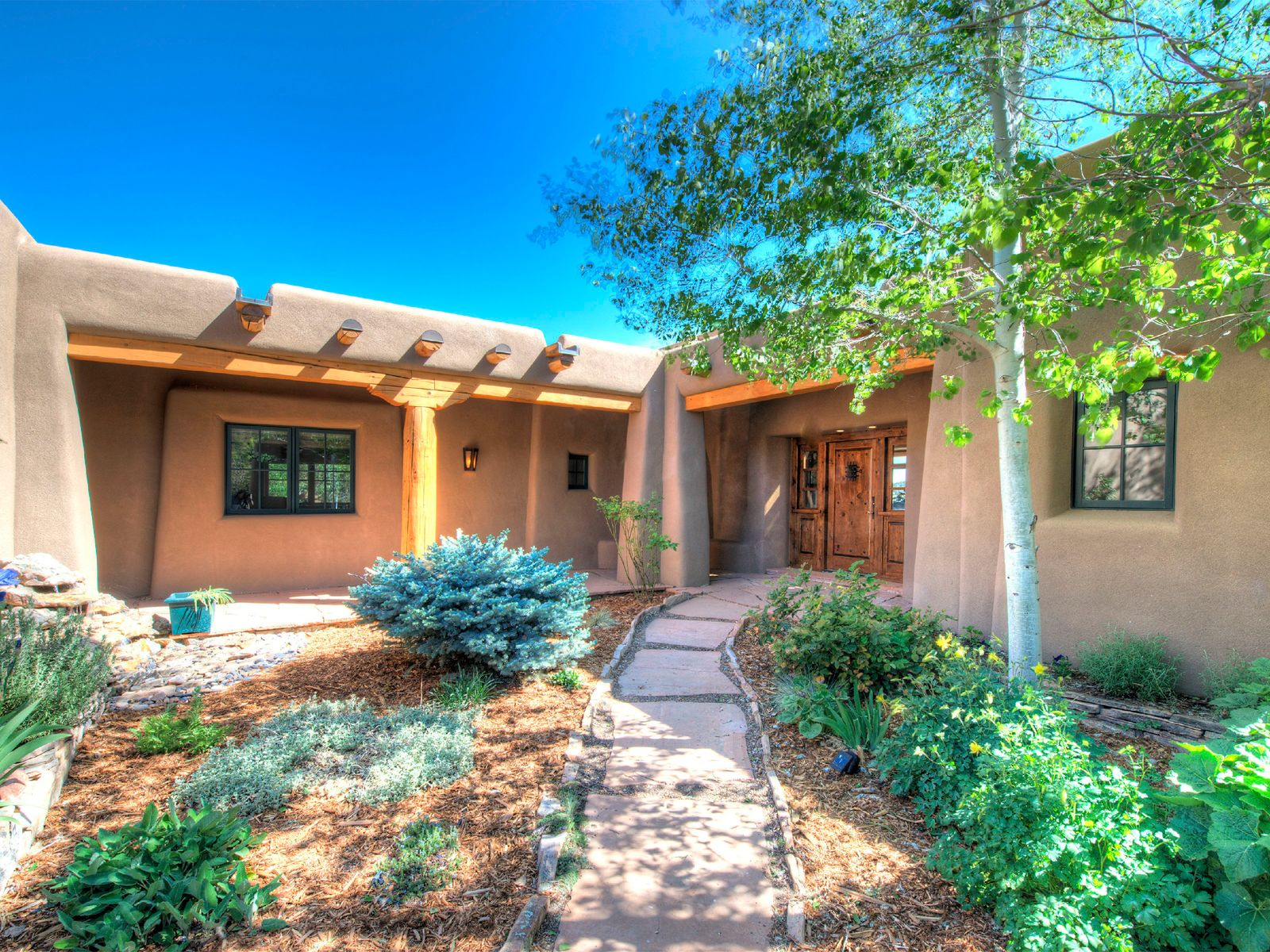 Impeccable Southwestern Home , Santa Fe NM Single Family Home - Santa Fe Real Estate