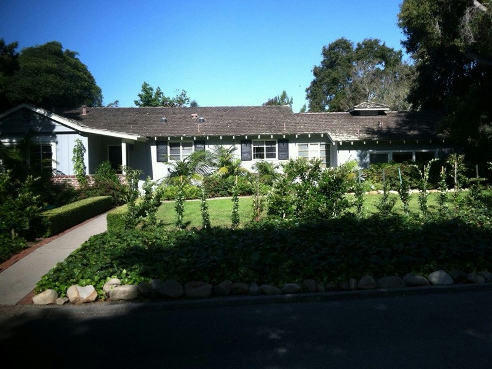 Montecito Oaks Cottage, Montecito CA Single Family Home - Santa Barbara Real Estate