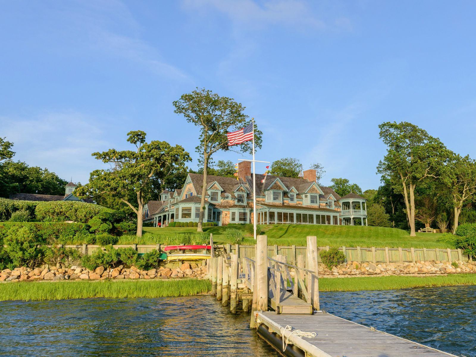 Shelter Island's Waterfront Jewel, Shelter Island NY Single Family Home - Hamptons Real Estate