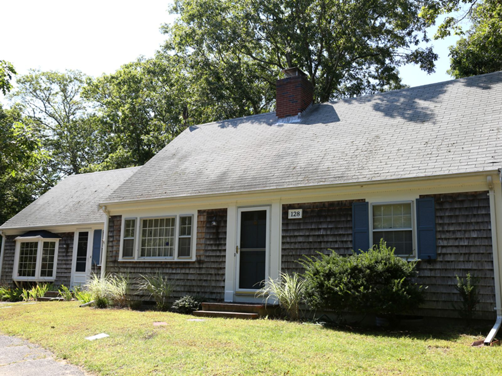 Classic Cape, Osterville MA Single Family Home - Cape Cod Real Estate