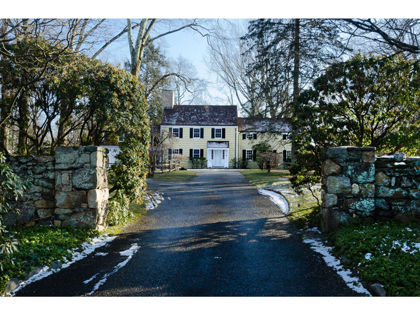 Quintessential Country House, Greenwich CT Single Family Home - Greenwich Real Estate