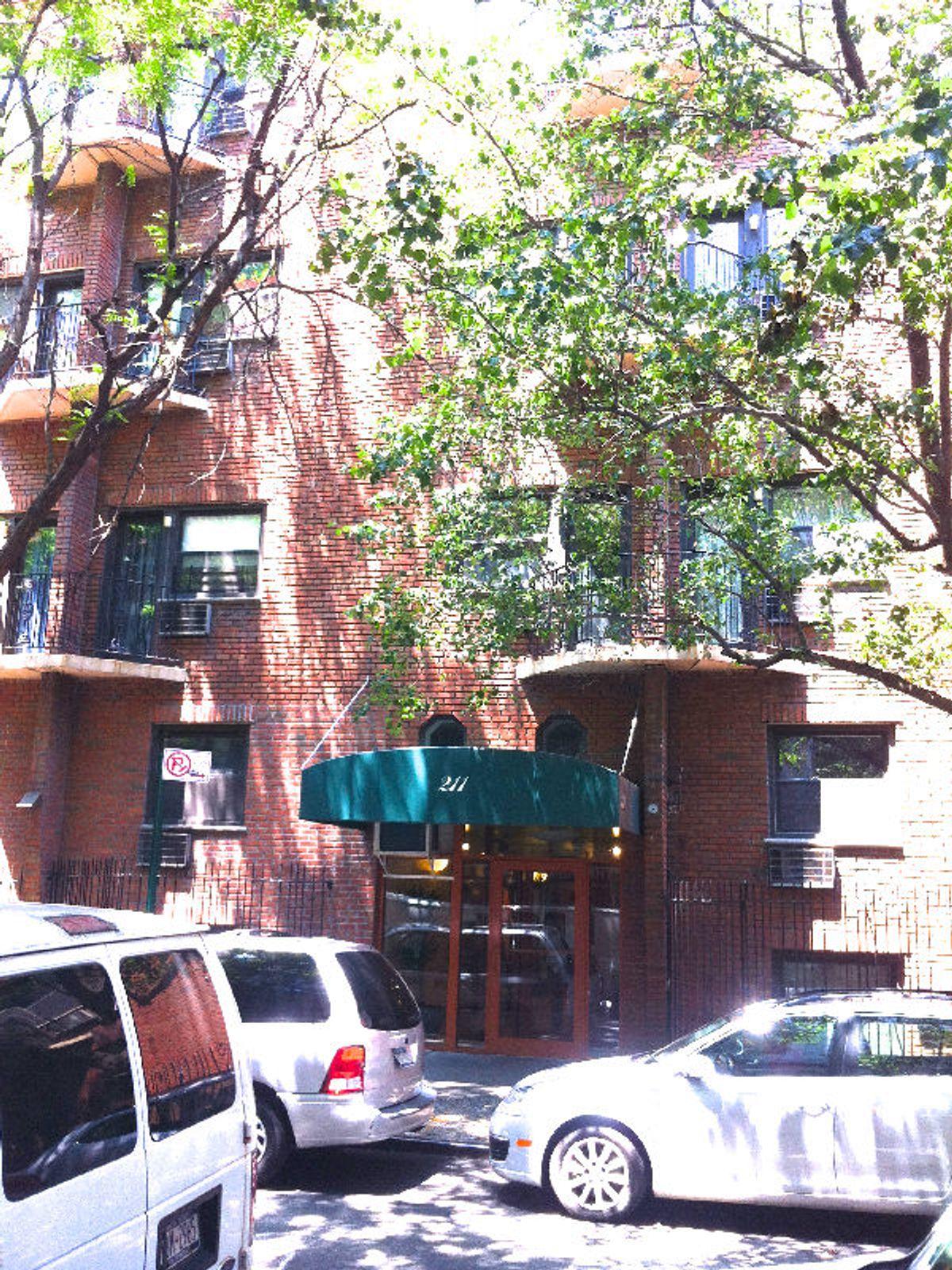 211 Thompson Street, Ground Floor